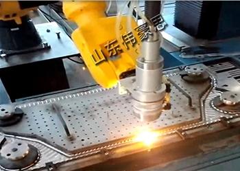 全自动激光焊接机器人