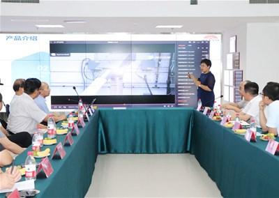 热烈欢迎山东省工程师协会齐如松一行到山东伟豪思参观考察