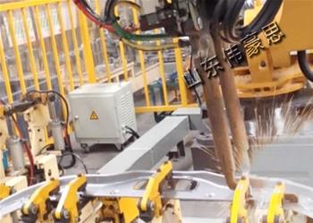 自动机器人焊接
